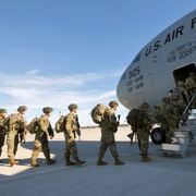 Hạ viện Mỹ bỏ phiếu ngăn Trump gây chiến với Iran