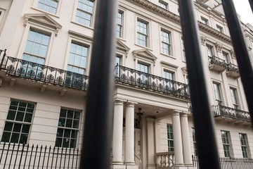 'Đại gia' Trung Quốc chi 262 triệu USD mua dinh thự ở London, phá mọi kỷ lục