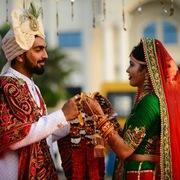 Kinh tế khó khăn, nhà giàu Ấn Độ cũng không dám chi đậm cho đám cưới
