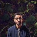 """<p class=""""Normal""""> <strong>Sundar Pichai, CEO Alphabet</strong></p> <p class=""""Normal""""> Tháng 12 năm ngoái, hai đồng sáng lập Google là Larry Page và Sergey Brin tuyên bố từ chức, nhường lại vị trí CEO Alphabet cho CEO Google, Sundar Pichai. Ông Pichai lớn lên ở Chennai (Ấn Độ), tốt nghiệp Đại học Stanford với bằng thạc sĩ kỹ thuật và sau đó tiếp tục lấy bằng MBA từ Trường Wharton tại Đại học Pennsylvania. Sundar Pichai gia nhập Google năm 2004. Tại đây, ông giữ nhiều vai trò khác nhau, bao gồm giám sát Chrome, giám đốc sản phẩm của Google và người đứng đầu hệ điều hành Android. Pichai trở thành CEO Google từ năm 2015. (Ảnh: <em>Bloomberg</em>)</p>"""