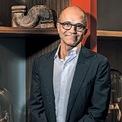 """<p class=""""Normal""""> <strong>Satya Nadella, CEO Microsoft</strong></p> <p class=""""Normal""""> Satya Narayana Nadella sinh ra tại Hyderabad (Ấn Độ) năm 1967 trong một gia đình có cha là công chức còn mẹ là giáo viên. Ông tới Mỹ để theo học Đại học Wisconsin-Milwaukee và tốt nghiệp vào năm 1990. Satya Nadella gia nhập Microsoft năm 1992 và đảm nhiệm nhiều vị trí trước khi được bổ nhiệm làm CEO năm 2014. (Ảnh: <em>Bloomberg</em>)</p>"""