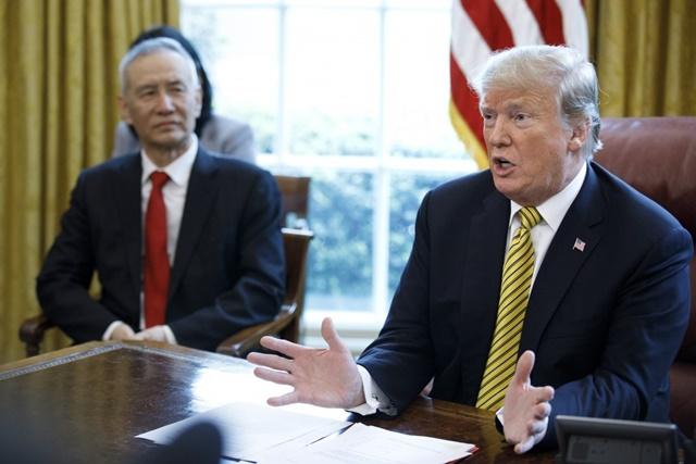 """Thỏa thuận cũng cho phép Tổng thống Trump khẳng định ông là nhà đàm phán tài ba, người luôn hoàn thành những gì mình đã hứa và luôn """"sát cánh"""" ở bên những công nhân sản xuất khi họ cần."""