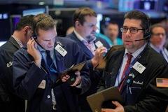 Cổ phiếu công nghệ 'bùng nổ', Phố Wall lên đỉnh, S&P 500 lần đầu vượt mốc 3.300 điểm