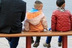 Thảm họa 'sóng thần bạc' đe dọa hủy hoại nền kinh tế Trung Quốc