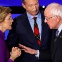 <p> Thượng nghị sĩ Mỹ Elizabeth Warren (trái) đối mặt Thượng nghị sĩ Bernie Sanders (phải) sau khi kết thúc cuộc tranh luận của các ứng viên đảng Dân chủ ở Des Moines, Iowa vào ngày 14/1. Bà Warren cáo buộc ông Sanders đã gọi bà là kẻ nói dối trên sóng truyền hình quốc gia. Đáp lại, Sanders cho hay chính bà Warren mới gọi ông kẻ nói dối. Sanders được cho là từng nói rằng ông không tin một người phụ nữ có thể giành được chức tổng thống. Ảnh: <em>Reuters</em>.</p>