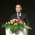 """<p class=""""Normal""""> <strong>6. Zhang Jin, Chủ tịch Cedar Holdings</strong></p> <p class=""""Normal""""> Năm sinh: 1971 (Tân Hợi)</p> <p class=""""Normal""""> Tài sản trên bảng xếp hạng 2019 của Forbes: 4,6 tỷ USD</p> <p class=""""Normal""""> Tài sản tính đến ngày 19/1/2020: 3,5 tỷ USD</p> <p class=""""Normal""""> Thay đổi: -1,1 tỷ USD</p> <p class=""""Normal""""> Zhang Jin tốt nghiệp Đại học Thâm Quyến và thời gian đầu giàu lên nhờ đầu tư cổ phiếu. Hiện ông là chủ tịch Cedar Holdings – tập đoàn hoạt động trong các lĩnh vực bất động sản, tài chính, ôtô có trụ sở tại Quảng Đông, Trung Quốc. (Ảnh: <em>SCMP</em>)</p>"""