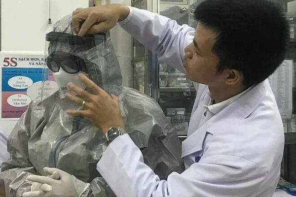 Hai người viêm phổi Vũ Hán cách ly tại Bệnh viện Chợ Rẫy