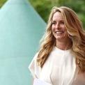 <p> Laurene Powell Jobs dành rất nhiều tiền để quyên góp cho các hoạt động từ thiện. Năm 1997, bà sáng lập College Track, một tổ chức phi lợi nhuận chuyên giúp đỡ tận tình cho các sinh viên nghèo, sinh viên thu nhập thấp. Ảnh: <em>Shutterstock.</em></p>