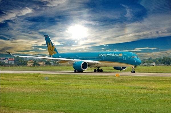 Vietnam Airlines báo lãi quý IV giảm hơn 94% xuống 35 tỷ đồng