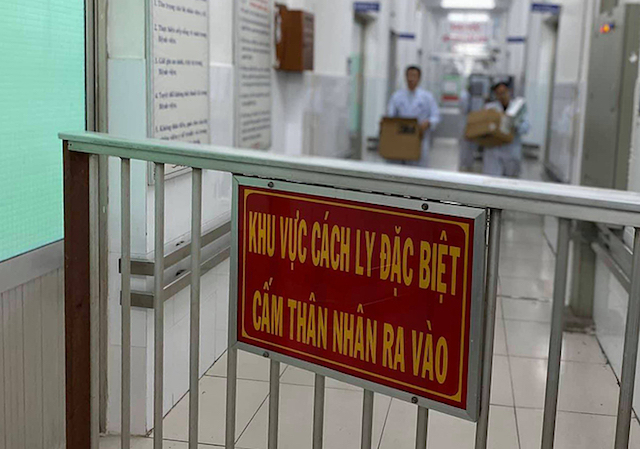 Cách ly 39 người nghi nhiễm viêm phổi Vũ Hán