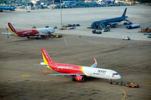 Ngừng toàn bộ chuyến bay giữa Việt Nam - Trung Quốc từ 1h chiều nay (1/2)