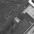 <p> Sau khi Vũ Hán bị đóng cửa, bãi đậu xe của sân bay trơ trọi và trống rỗng. Ảnh: <em>2020 Maxar Technologies.</em></p>