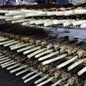 <p> Tới rạng sáng, mỗi nhà đã có sẵn khoảng vài trăm đến cả nghìn con cá lóc nướng để bán cho người dân.</p>