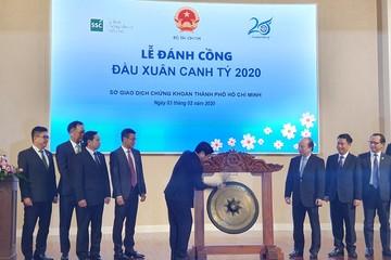 Thứ trưởng Huỳnh Quang Hải nêu 5 giải pháp phát triển TTCK tại lễ đánh cồng khai xuân