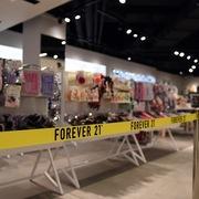 Từng đạt doanh thu 4,4 tỷ USD/năm, Forever 21 sắp được bán lại với giá 81 triệu USD