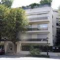 <p> Bà cũng từng sống tại một căn nhà bên cạnh ở Neuilly-sur-Seine. Ảnh: <em>AFP.</em></p>