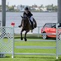 <p> Jennifer Gates được đánh giá là một người cưỡi ngựa chuyên nghiệp và đã tập chơi môn thể thao này từ năm 6 tuổi.<em> Ảnh: Getty.</em></p>