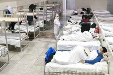 Virus corona: Thêm 73 ca tử vong, em bé xác định nhiễm bệnh chỉ 30 giờ sau sinh