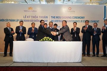 Vietnam Airlines nghiên cứu thành lập liên doanh bảo dưỡng thân cánh máy bay