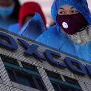 Trung Quốc ngăn Foxconn nối lại sản xuất vì nguy cơ lây nhiễm corona