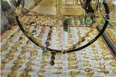 Cuối tuần, giá vàng trong nước tiếp tục nhảy vọt