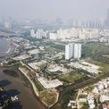 <p> Dự án khu dân cư 30.224 ha thuộc phường Bình Khánh, quận 2, TP HCM có tên thương mại là The Water Bay, trải dài gần 500 m bên đại lộ Mai Chí Thọ, có vị trí bên sông Sài Gòn, Khu đô thị mới Thủ Thiêm và đảo Kim Cương. The Water Bay có quy mô hơn 4.000 căn hộ và hạ tầng kỹ thuật do Công ty TNHH Phát triển Quốc tế Thế kỷ 21 (Century 21) là chủ đầu tư.</p>