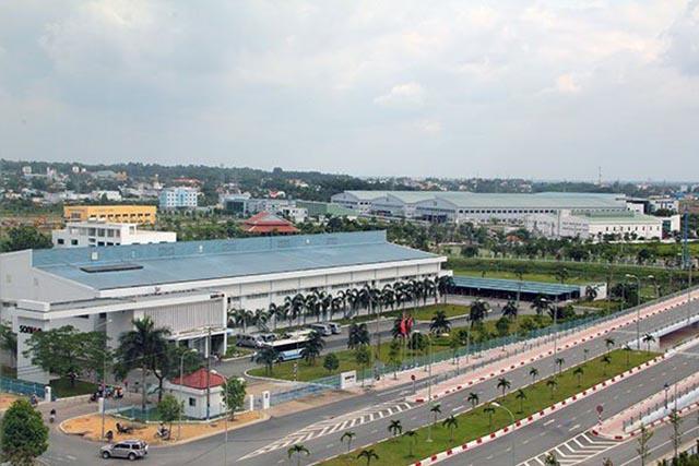 Nhiều doanh nghiệp sản xuất nước ngoài ở Việt Nam, đặc biệt là tại SHTP gặp khó khăn vì dịch do nCoV. Trong ảnh là một góc SHTP