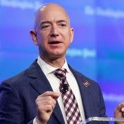 Khoảnh khắc thay đổi cuộc đời của CEO Amazon
