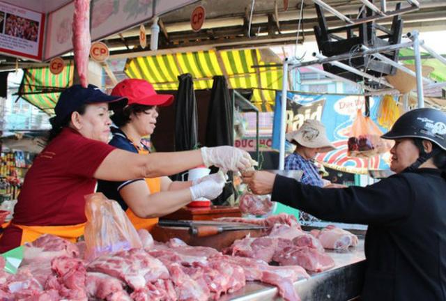 Giá thịt heo trên thị trường đang có xu hưởng giảm