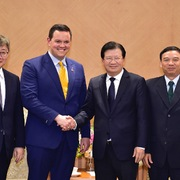 Nhà đầu tư Hàn Quốc, Mỹ lớn quan tâm phát triển điện khí LNG tại Việt Nam
