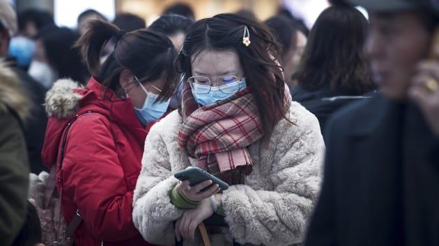 Số người chết vì virus corona tại Trung Quốc vượt 1.000