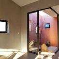<p> Ngoài ra, ngôi nhà cũng được tận dụng tối đa ánh sáng tự nhiên tạo ra nhiều mảng khối sáng đa dạng.</p>