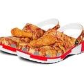 <p> Gà rán là một trong những món ăn đặc trưng và làm nên tên tuổi của hãng KFC. Để kỉ niệm điều này, hãng quyết định hợp tác cùng Crocs mang đến một sản phẩm dép đặc biệt để khắc ghi trải nghiệm ăn uống thú vị từ những miếng gà rán Kentucky.</p>