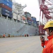 Thị trường hàng hóa nguyên liệu toàn cầu lao đao
