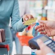 Miễn, giảm nhiều loại phí dịch vụ thanh toán