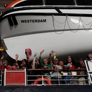 Trump cảm ơn Campuchia vì tiếp nhận du thuyền bị 5 nơi 'hắt hủi'