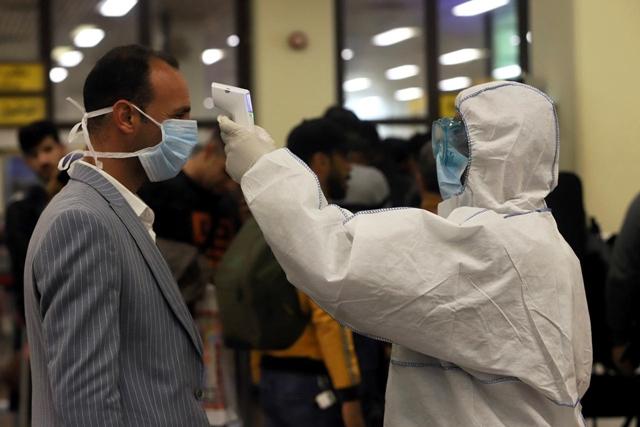 Covid-19, tính đến thời điểm hiện tại đã cướp đi sinh mạng của hơn 1.500 người và khiến cho hơn 60.000 người nhiễm bệnh. Ảnh: Reuters.