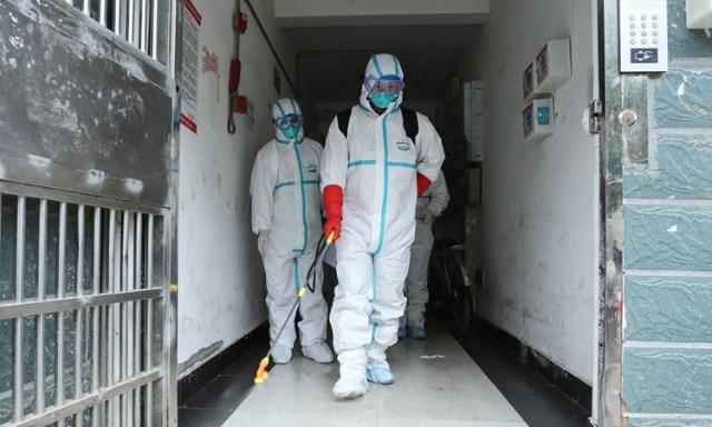 Thêm hơn 2.000 người nhiễm virus corona