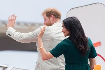 Vợ chồng Hoàng tử Harry cần kiếm bộn tiền để duy trì cuộc sống xa hoa