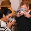 <p> Ngoài ra, vợ chồng hoàng tử Harry cũng dành nhiều thời gian tận hưởng các hoạt động giải trí, ăn uống khá tốn kém.</p>