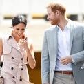 """<p> Vợ chồng Công tước Sussex sở hữu khối tài sản 30 triệu USD. Sự nghiệp diễn xuất trước đó đem về cho Meghan Markle khoảng 5 triệu USD. Tài sản của Hoàng tử Harry khoảng 25 triệu USD, bao gồm khoản thừa kế từ Công nương Diana quá cố và trợ cấp hàng năm từ Thái tử Charles. Khi phát triển sự nghiệp riêng của mình, cặp vợ chồng """"nổi loạn"""" của hoàng gia Anh cần đảm bảo nguồn thu tài chính để duy trì các khoản chi lớn.</p>"""