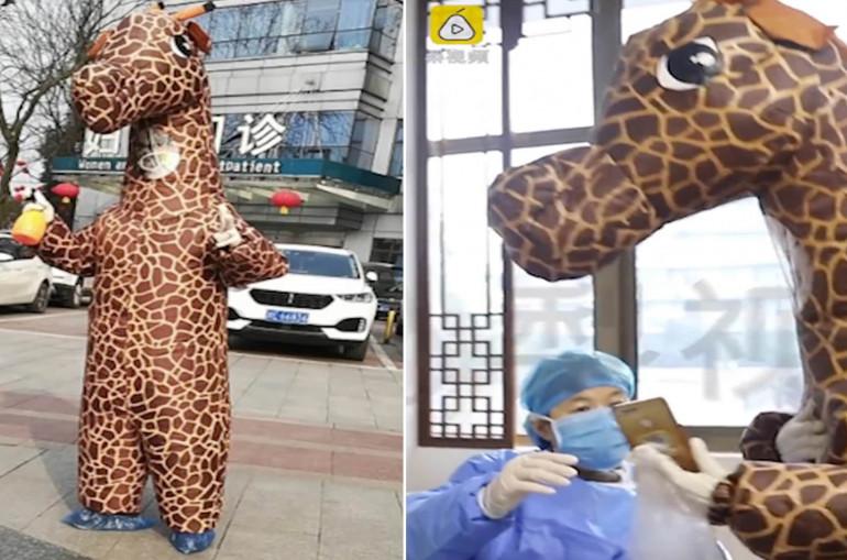 Không thể mua khẩu trang, người Trung Quốc mặc đồ hóa trang để bảo vệ mình khỏi virus Covid-19