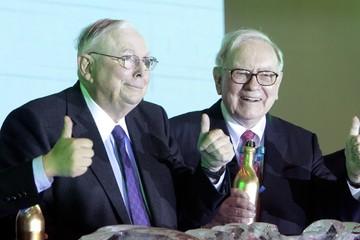 'Cánh tay phải' của Warren Buffett và những câu nói tiết lộ bí quyết thành công