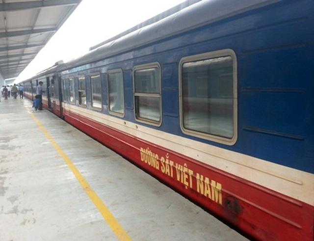 Bộ Giao thông và 'siêu ủy ban' lên tiếng về sự 'sống-còn' của đường sắt!