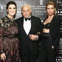 """<p class=""""Normal""""> Đến năm 1982, Victoria's Secret đạt doanh thu hàng năm khoảng 4 triệu USD. Tuy nhiên theo báo cáo, công ty gần như phá sản vào thời điểm này. Đó cũng là lúc Les Wexner gia nhập công ty.</p> <p class=""""Normal""""> Wexner, người sáng lập L Brands (trước đây là Limited Brand) là một nhân vật nổi tiếng trong ngành bán lẻ. Tháng 6/1982, Limited niêm yết trên sàn chứng khoán New York. Một tháng sau, dưới sự lãnh đạo của Wexner, công ty mua lại 6 cửa hàng của Victoria's Secret và catalog của hãng với giá 1 triệu USD. (Ảnh: <em>Getty</em>)</p>"""