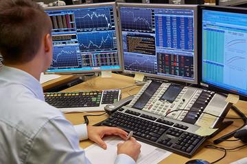 Khối ngoại giảm bán ròng trên HoSE còn 117 tỷ đồng