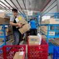 Sau tin đồn sáp nhập với Sendo, Tiki đang xây đội giao hàng riêng, có thể phục vụ cho cả khách ngoài