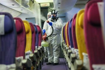 Nhiều hãng hàng không giảm 80% số chuyến, cho cả phi hành đoàn nghỉ không lương