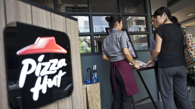 pizza-hut-8063-1582293669.jpg