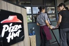 Đơn vị vận hành Pizza Hut tính chuyện phá sản